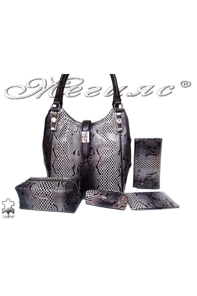 Чанта 4202 кафява естествена кожа + аксесоари естествена кожа
