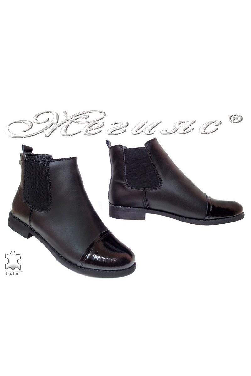 Lady's shoes JESS 116-002 black leather