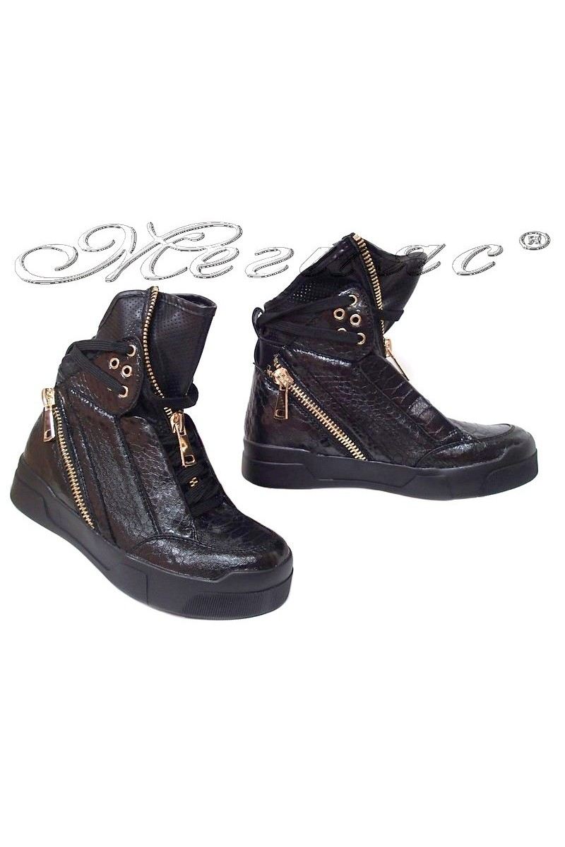 Women sport boots 2265-24 black pu