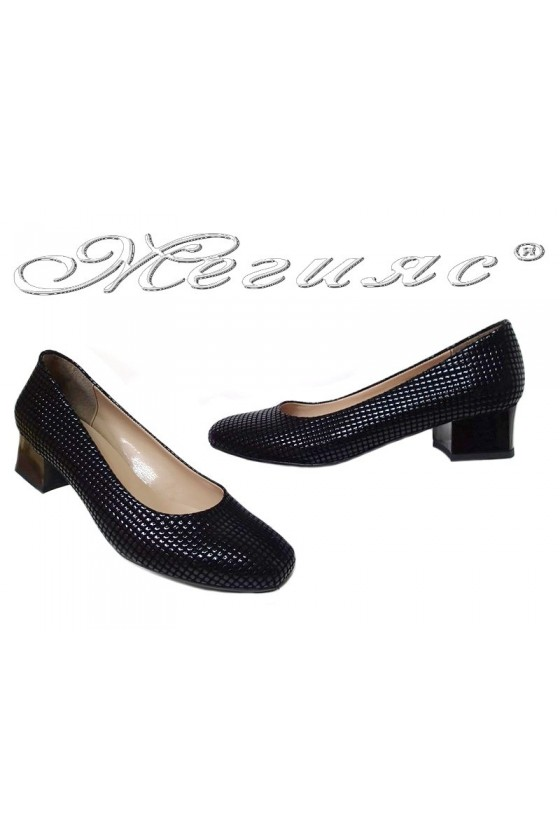 Women shoes 501 black pu middle heel