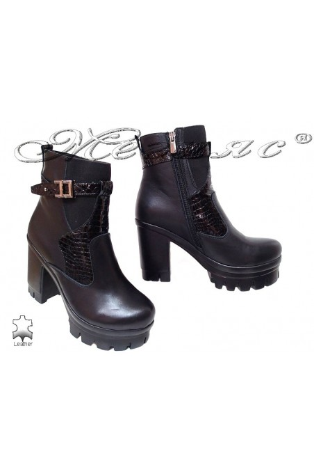 Women boots 81-30-54 black leather