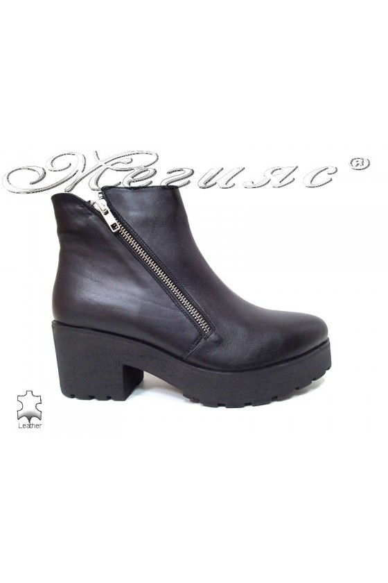 Lady casual boots 275-20  black leather