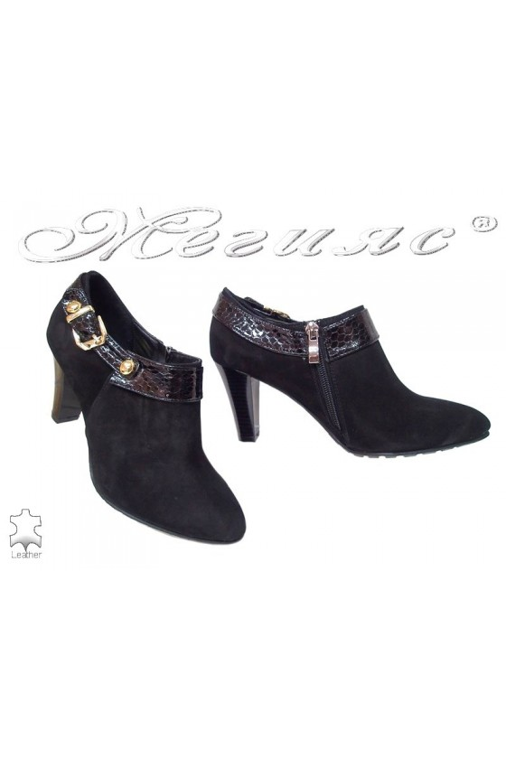 Lady elegants shoes 211-32-50 black leather suede