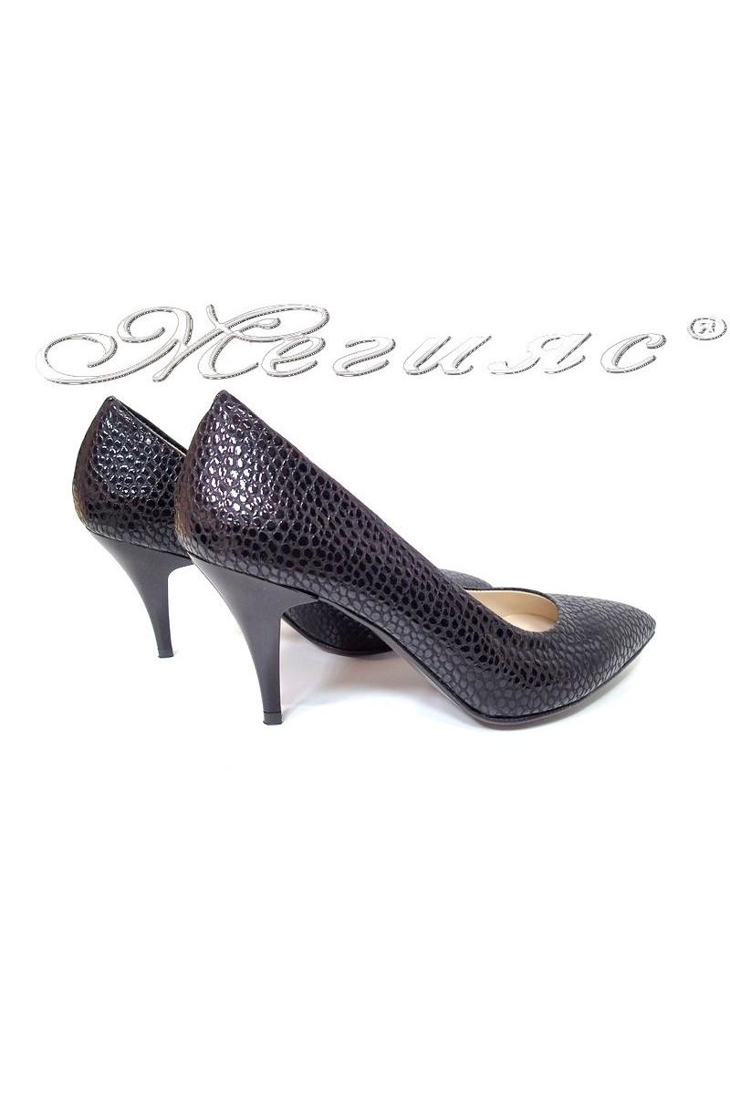 Lady elegants shoes 511 black pattent
