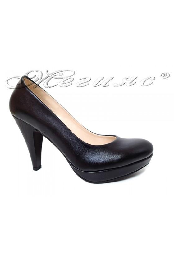 Дамски обувки 520 черни заоблени еко кожа