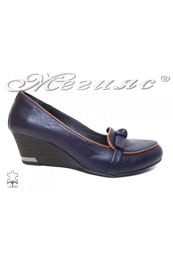 Lady shoes 856 blue leather with middle platform