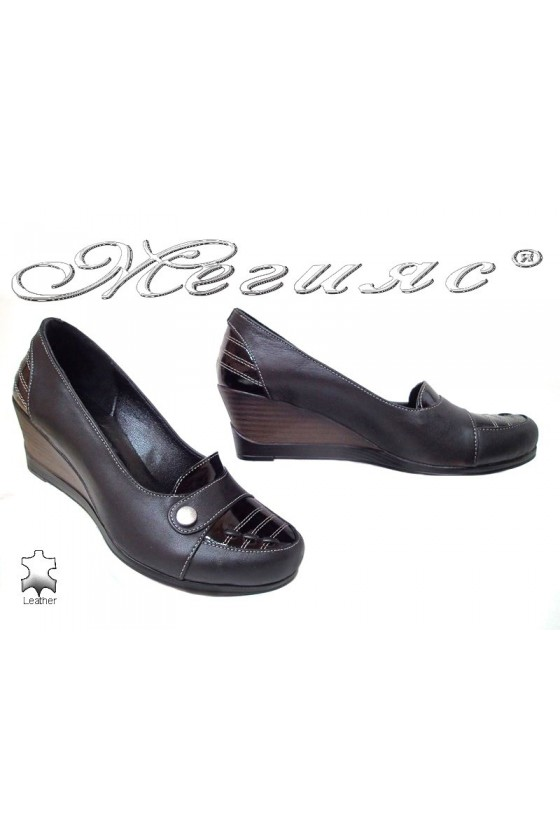 Lady casual shoes 1009 black leather