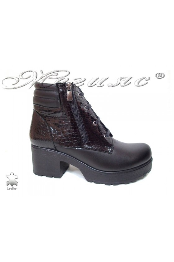 Lady casual boots 400/7125 black leather