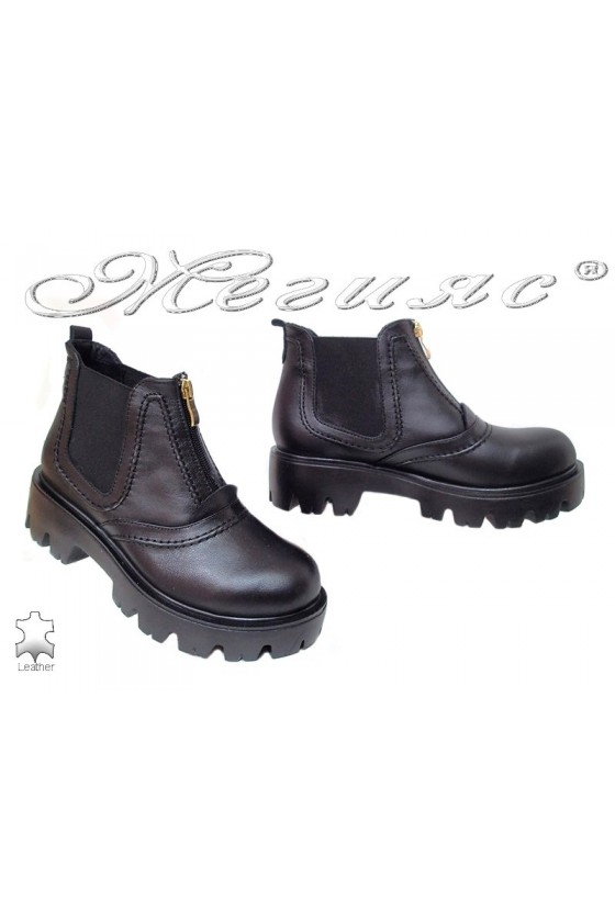 Lady casual boots 610-17 black leather