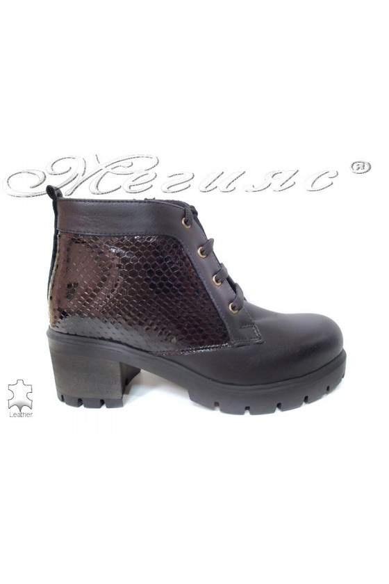 Lady casual boots 634 black leather