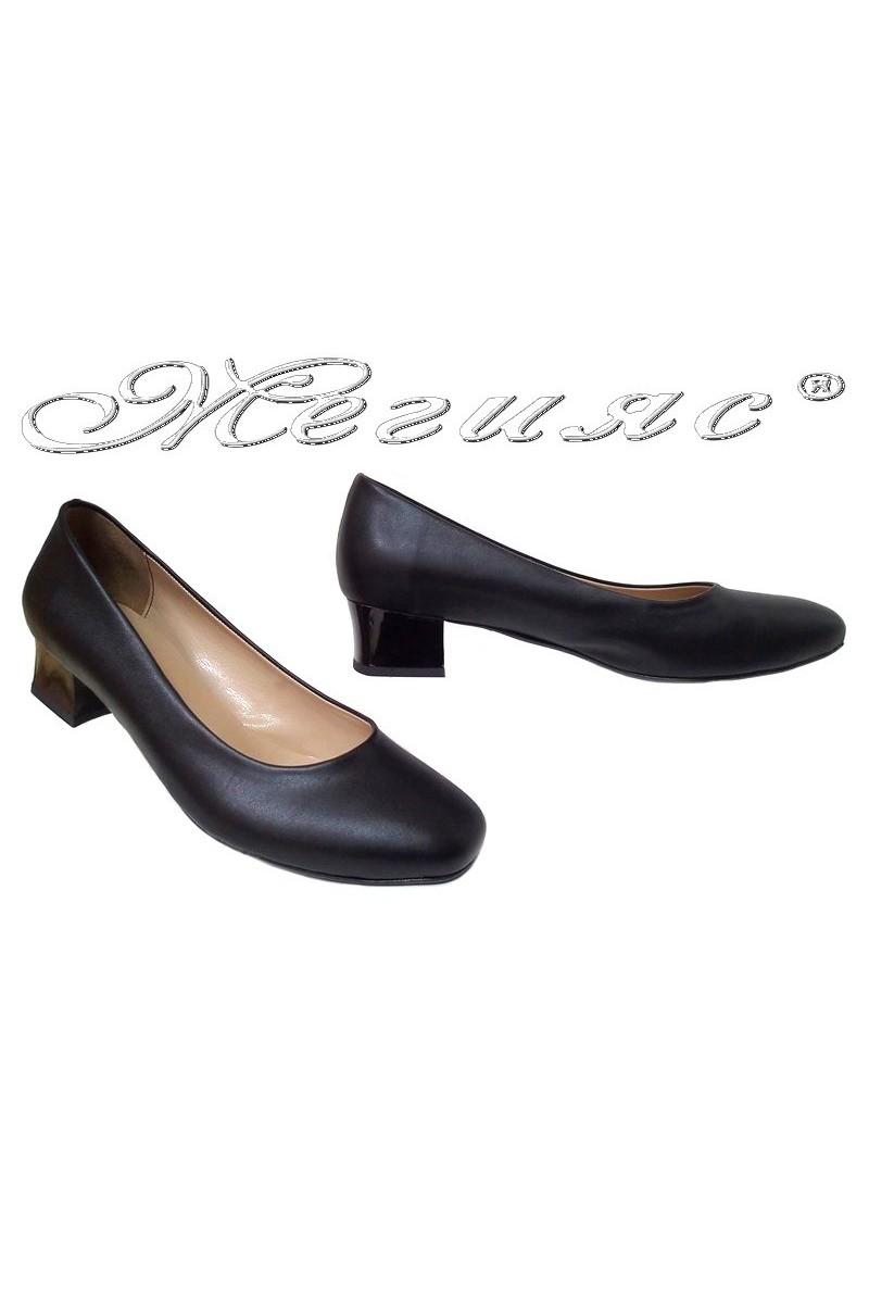 Lady shoes XXL 501 black pu gigant
