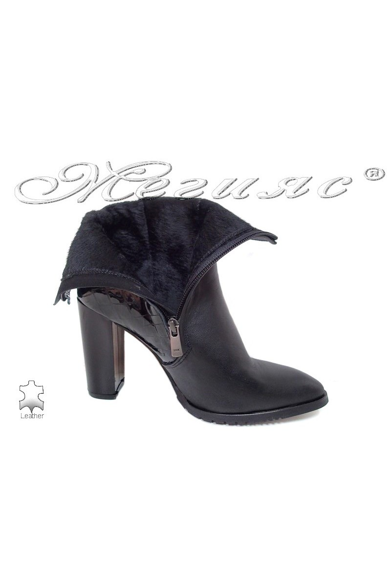 Lady boots 82 black leather pu+ pattent