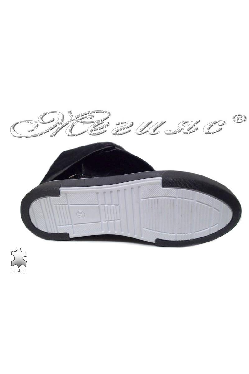 Lady sports boots 1669 black leather pu