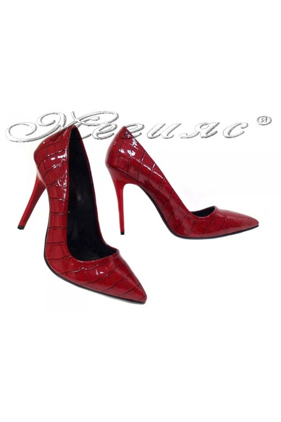 Дамски обувки 308 червени кроко лак остри висок ток елегантни