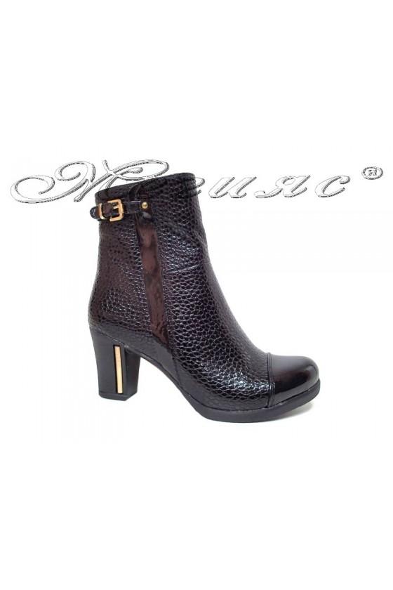 Women boots 900 black pu