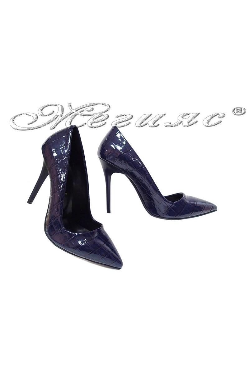 Дамски обувки 308 сини кроко лак остри висок ток елегантни