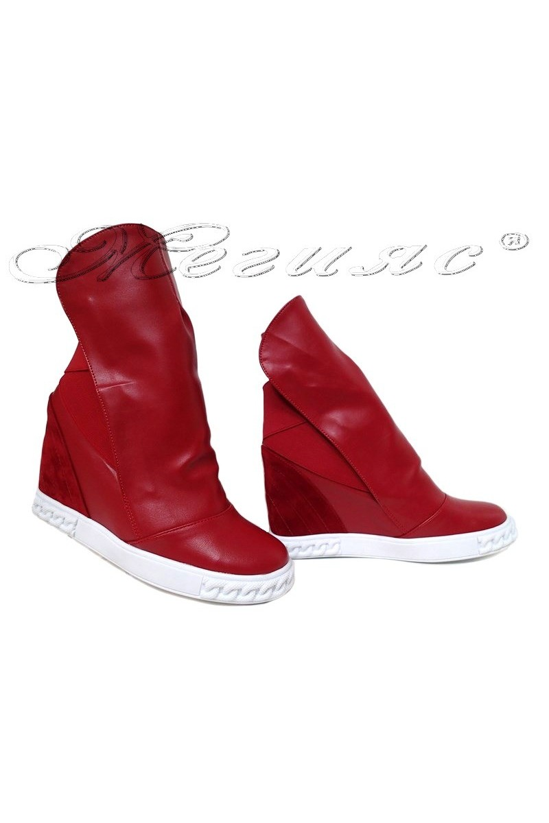 Women sport boots 031 red pu