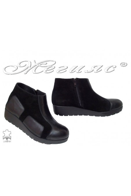 Women boots 534-01 black leather