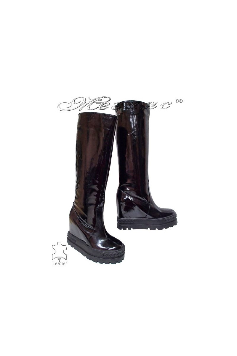 Women boots 666-1 black patern with platform