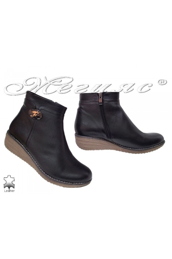 Women platform boots 35 XXL black leather
