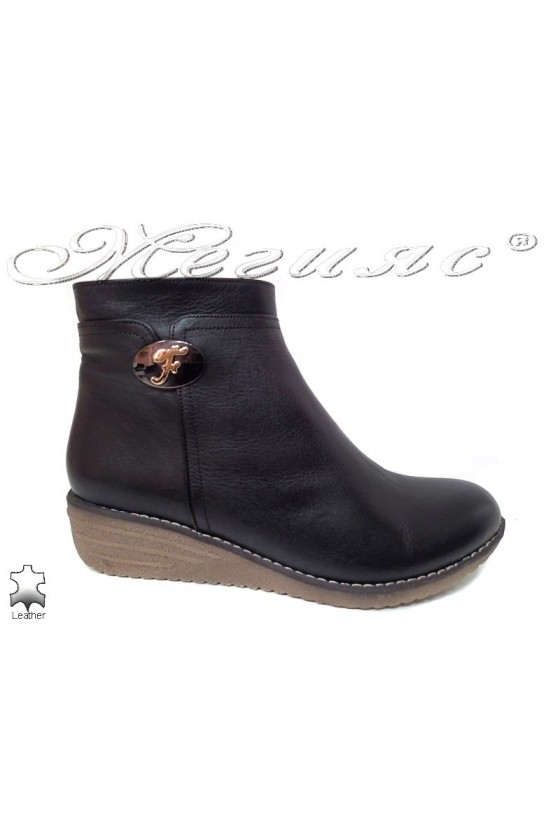 Women platform boots 35 XXL black leather