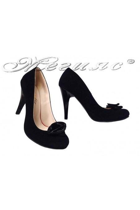 Дамски обувки 301-D черен набук висок ток