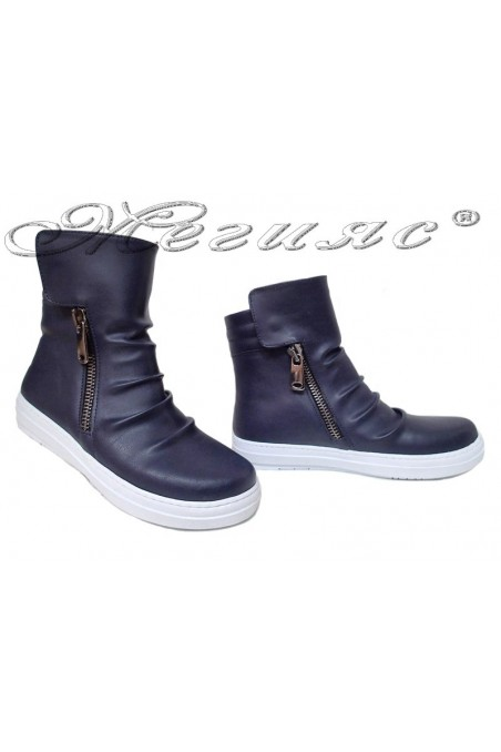 Women sport boots 35 blue pu