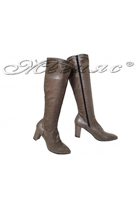 Lady boots 200 khaki pu with middle heel
