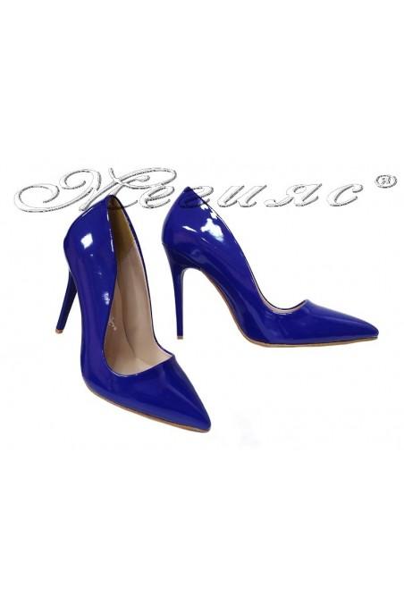 Дамски елегантни обувки 5596 син лак остри висок ток