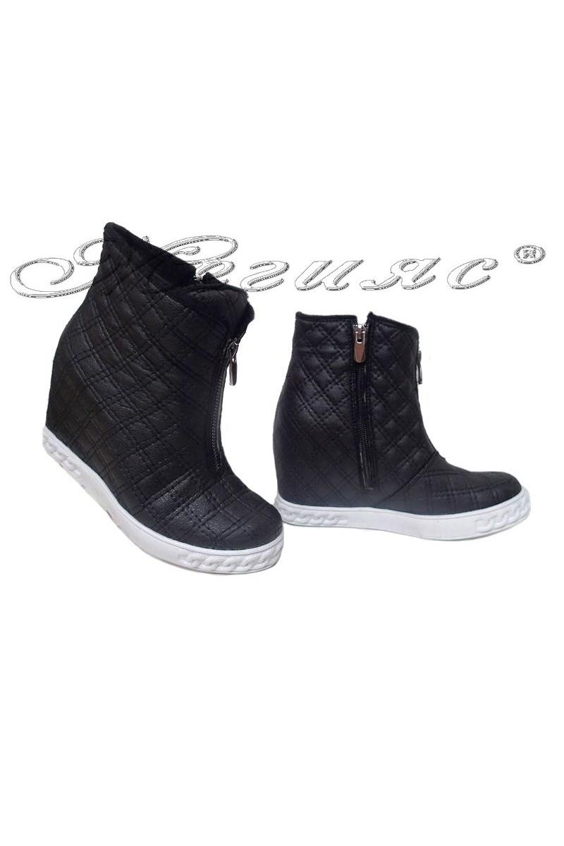 Lady boots 081 platform black