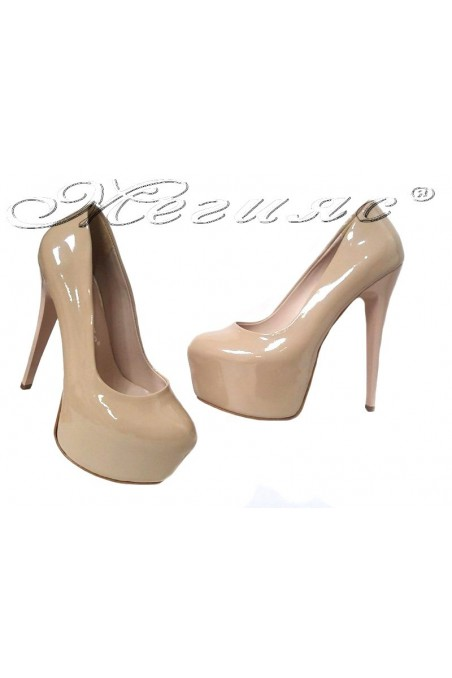 Lady elegant shoes 50 beige