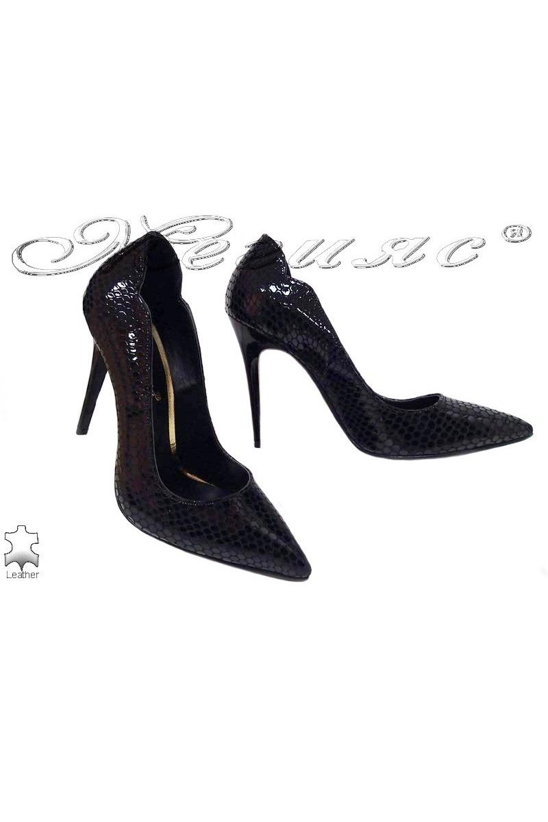 Lady elegant shoes 208 black leather