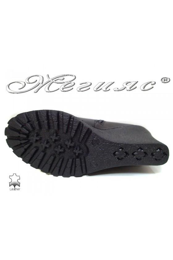 Дамски боти GN черни на платформа от естествена кожа