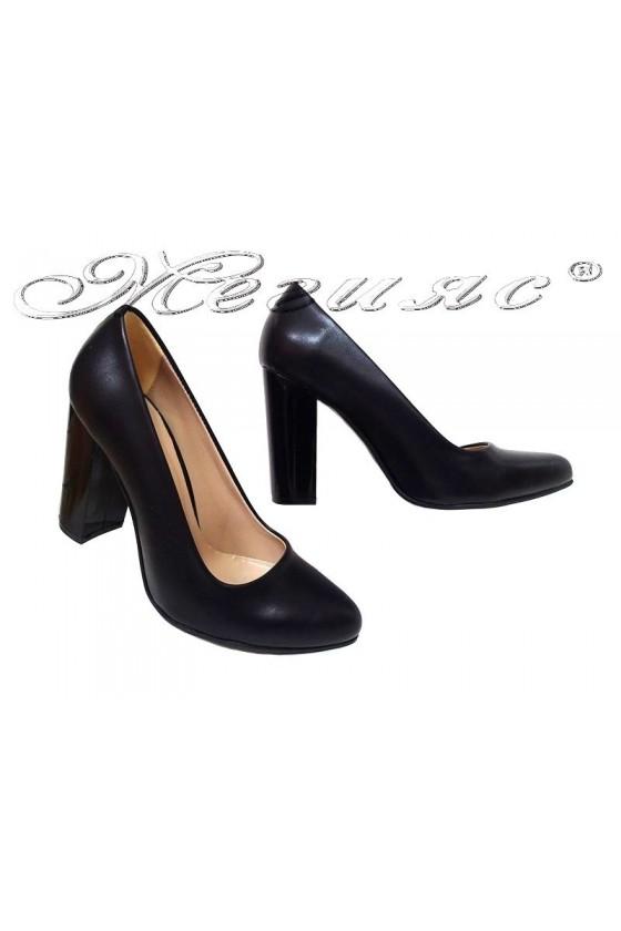 Lady shoes 706 black