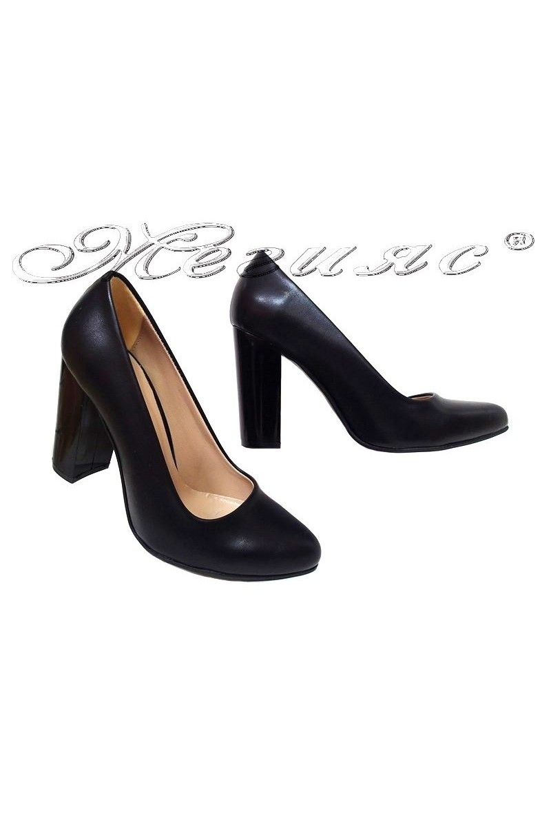 Lady shoes 706 black