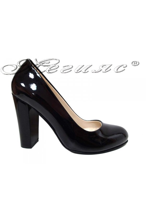 Lady shoes 1330 black