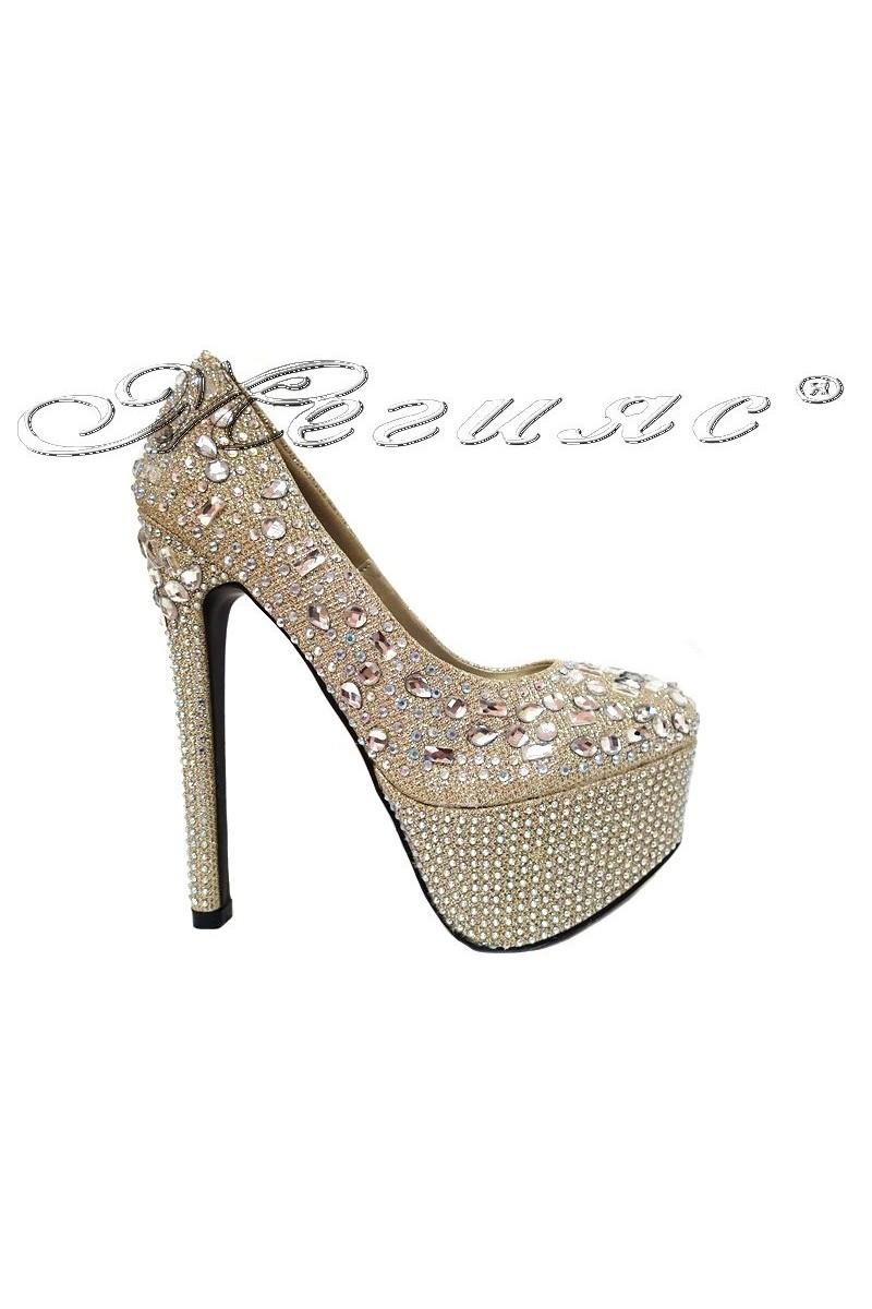 Дамски обувки TINA 15-204 златисти