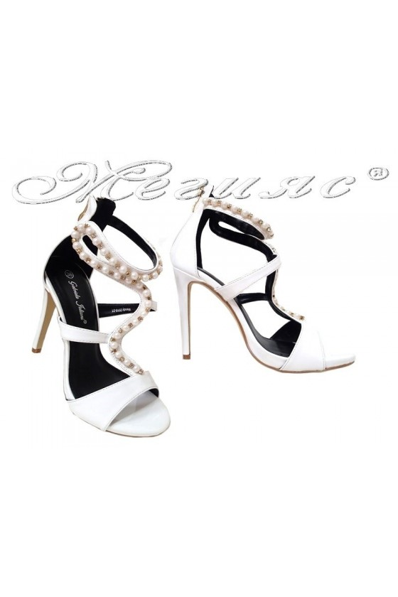 Дамски сандали WENDY 20S16-21 бели на висок ток