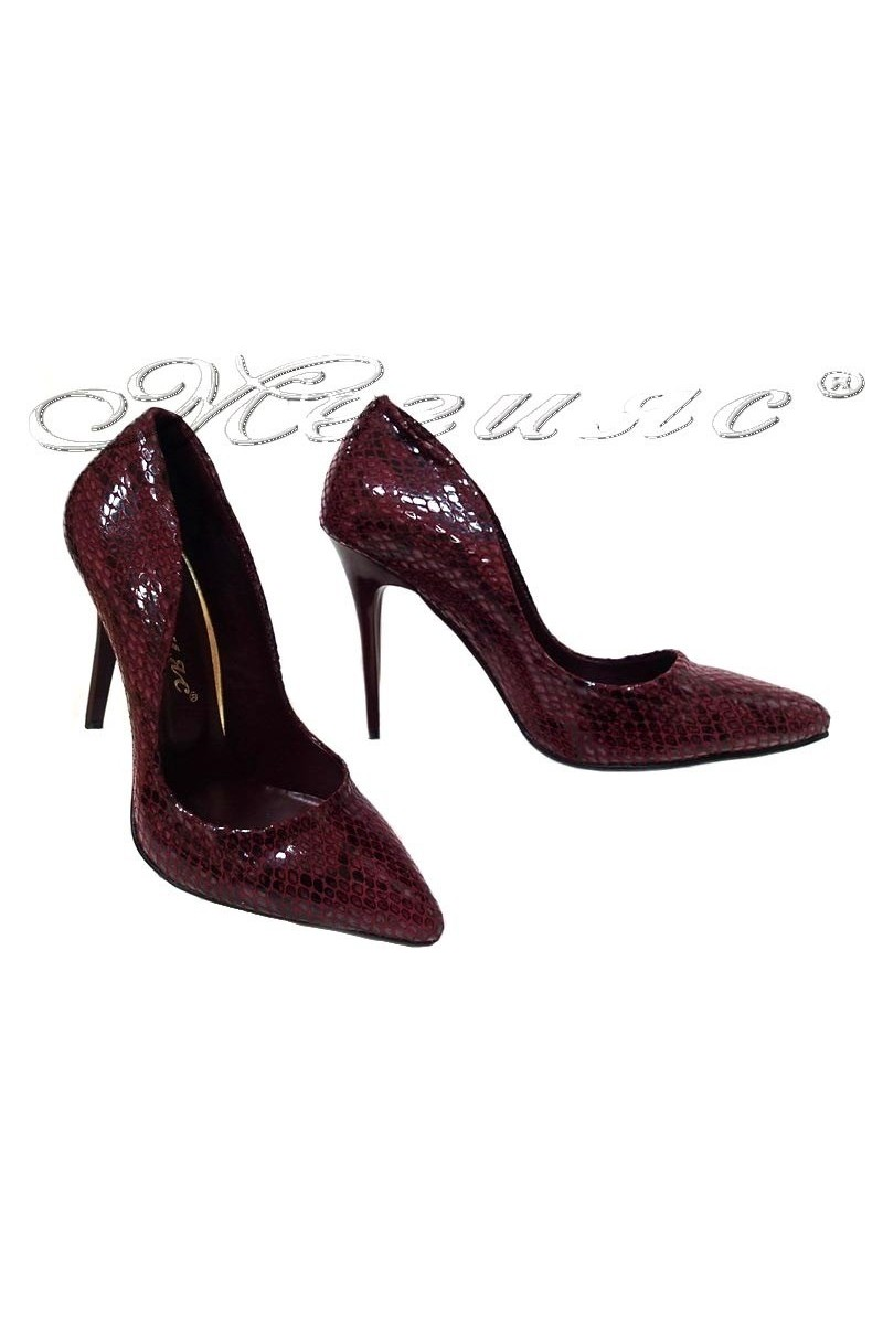 Дамски обувки 1800 бордо змия висок ток остри от еко кожа