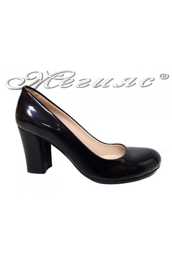 Women shoes 2079 black patent