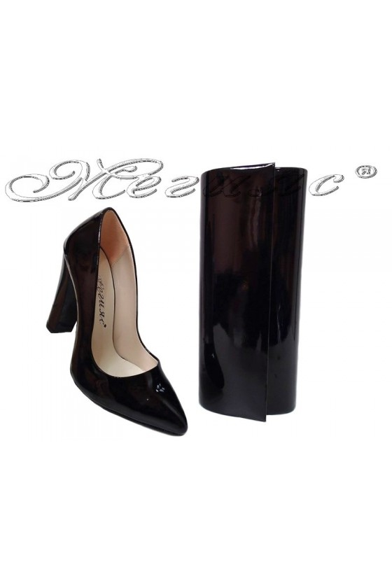 lady shoes 195 and bag 373 black