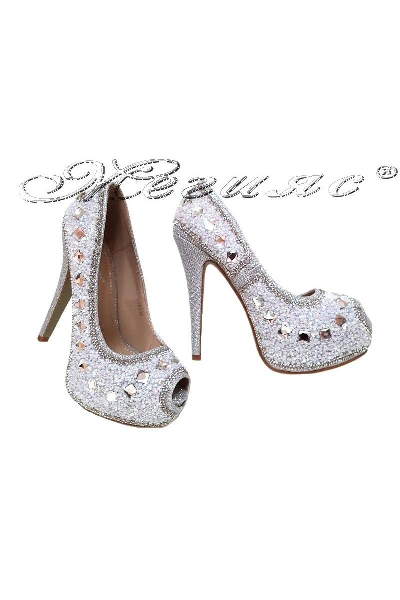 Дамски обувки LINDA 2016-359 сребристи с камъни елегантни с висок ток и платформа