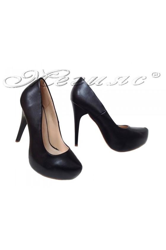 Дамски обувки JOHN 021-3 черни елегантни с висок ток