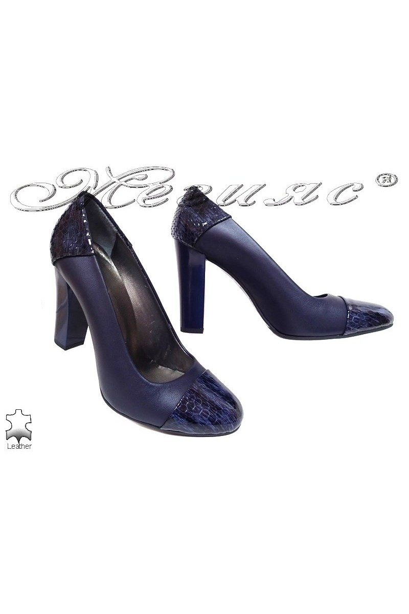 Lady elegant shoes 75 blue leather