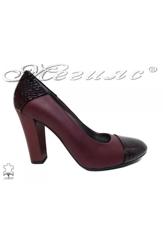 Lady elegant shoes 75 bordo leather