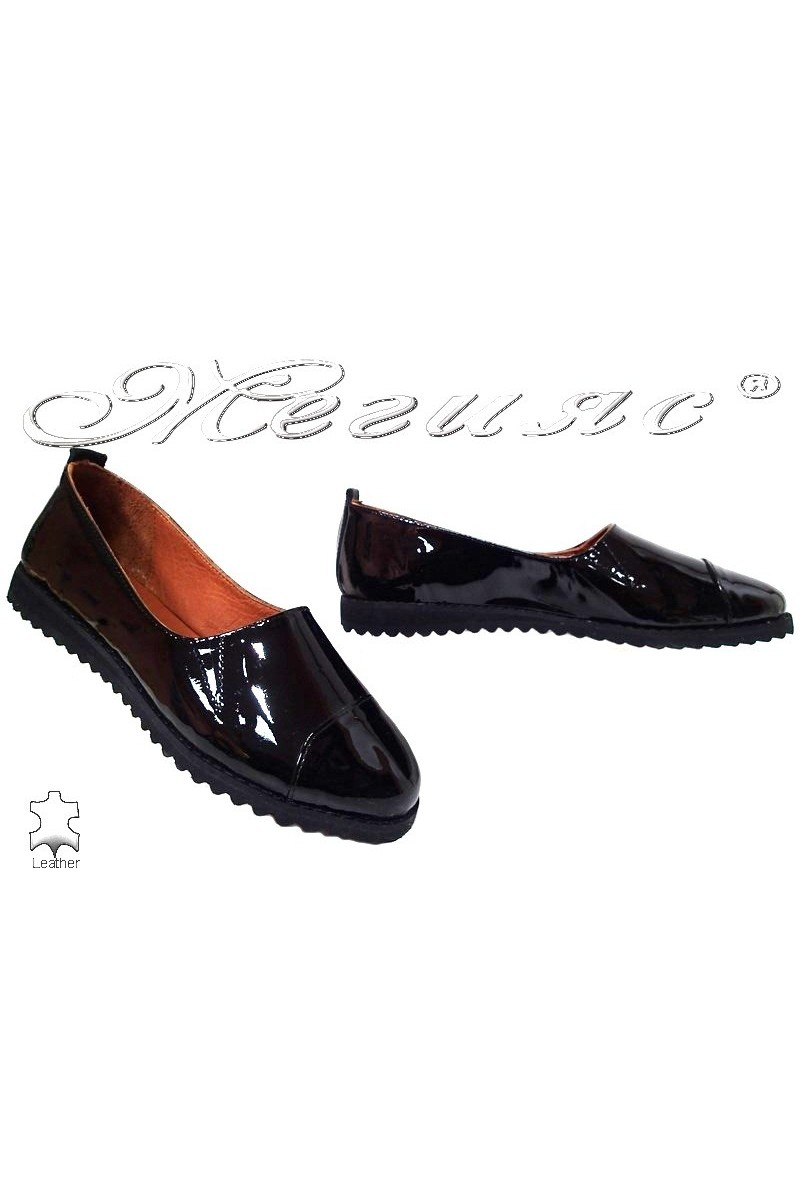 Women shoes 1753 black leather pattent
