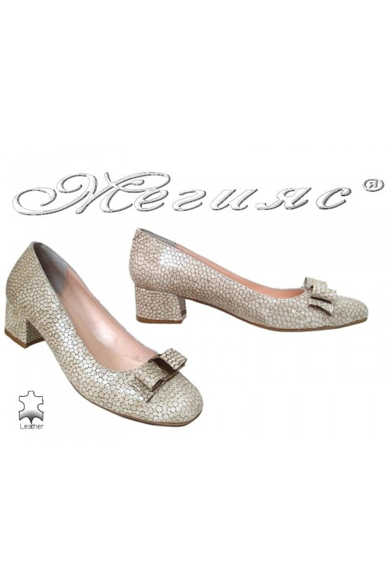Lady elegant shoes 539 beige leather+pattent