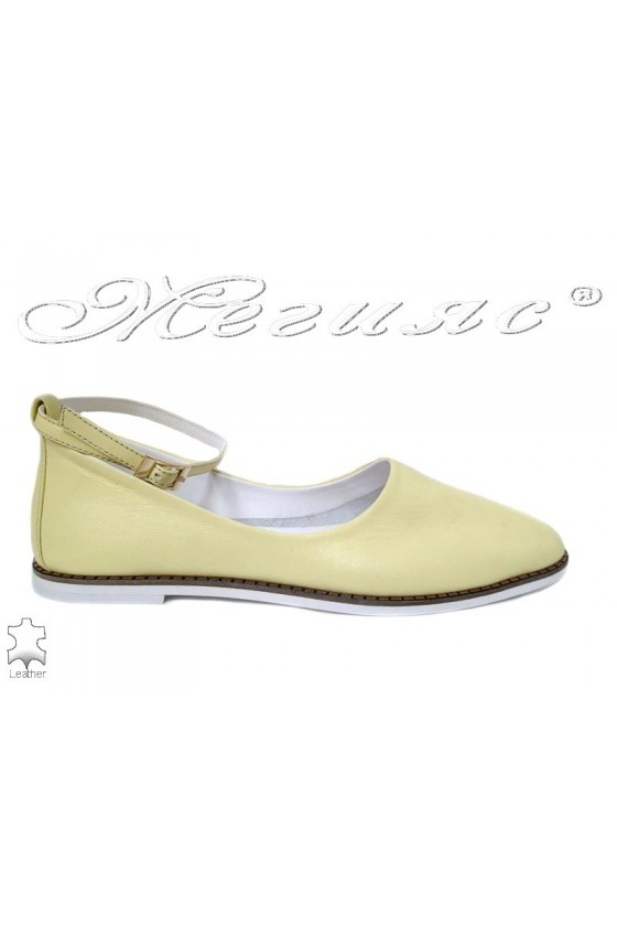 Women  shoes 216-07 yellow leather