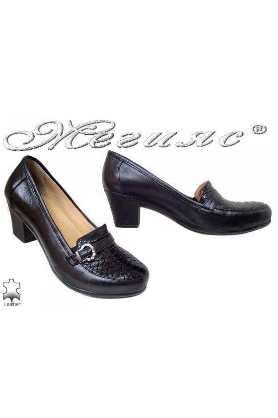 Lady elegant shoes 601 black leather