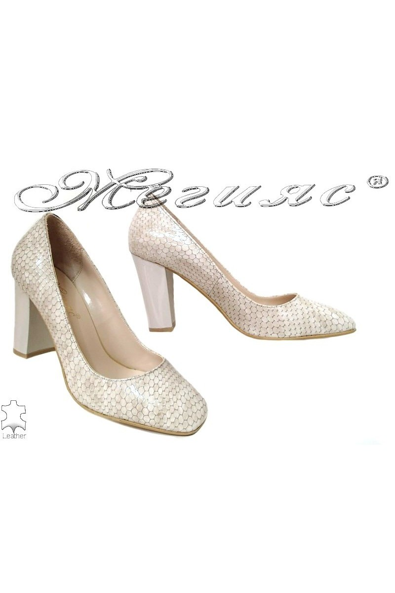 Lady shoes 301-82 beige leather